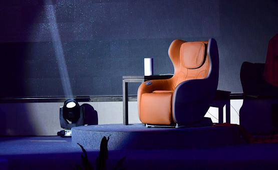 年轻人的第一台按摩椅,可语音控制的一维AI智能按摩椅?