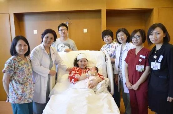 """【生命争夺战】新世纪妇儿产科团队与""""羊水栓塞""""6小时殊死较量"""